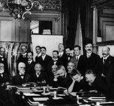 First Solvay Conference on Physics Post Featured Image || ahmadabdulnasir.com.ng
